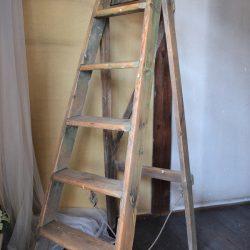 高砂ショウハウスのパイン製はしご