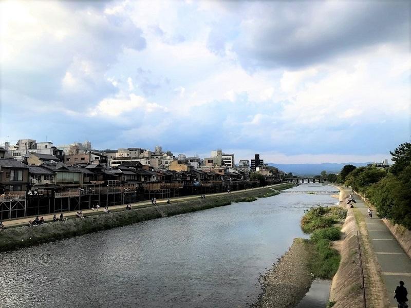 京都河原町鴨川