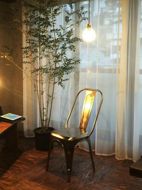 インダストリアル アルミ椅子