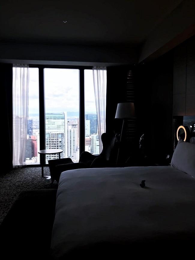 ホテルコンラッド大阪客室 スイート