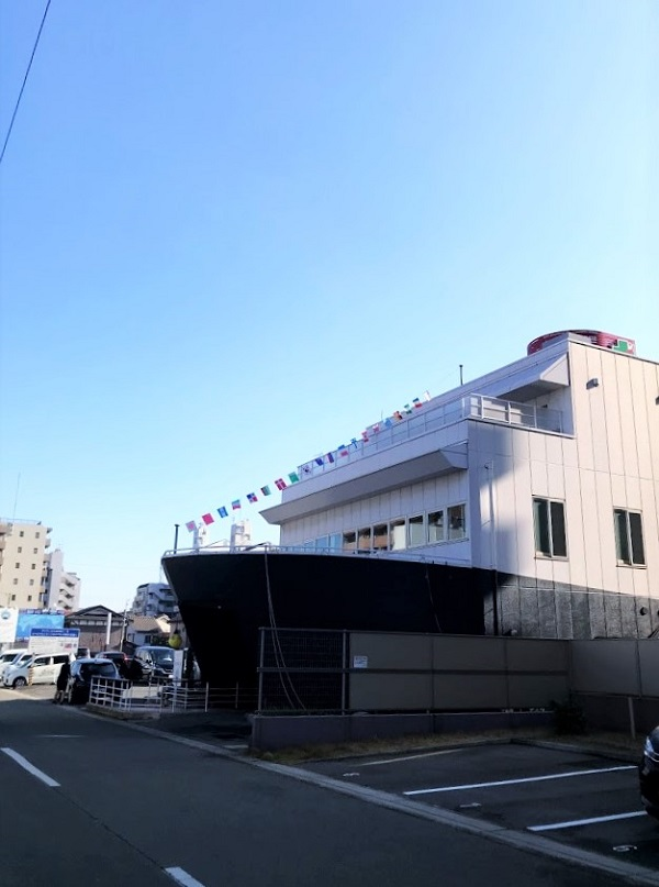 デイサービスの客船型建物